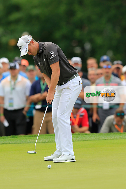 Danny Willett (ENG) putts on the 4th green during Thursday's Round 1 of the 2016 U.S. Open Championship held at Oakmont Country Club, Oakmont, Pittsburgh, Pennsylvania, United States of America. 16th June 2016.<br /> Picture: Eoin Clarke | Golffile<br /> <br /> <br /> All photos usage must carry mandatory copyright credit (&copy; Golffile | Eoin Clarke)