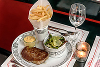 Brasserie La Provence, Eulenstr.42, Hamburg- Ottensen, Deutschland, Europa<br /> Brasserie La Provence, Eulenstr.42, Hamburg- Ottensen, Germany, Europe
