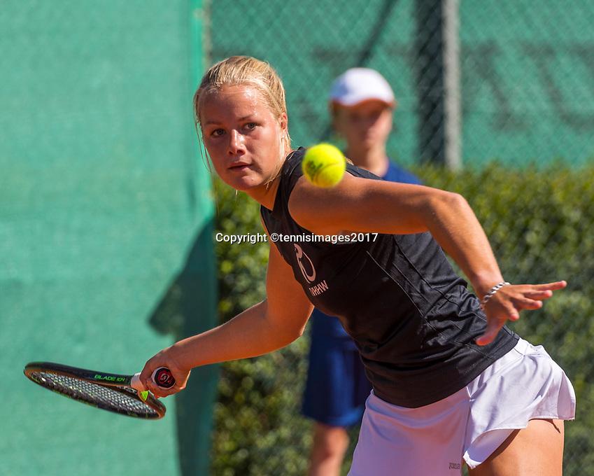 The Hague, Netherlands, 11 June, 2017, Tennis, Play-Offs Competition, Nina Kruijer (NED)<br /> Photo: Henk Koster/tennisimages.com