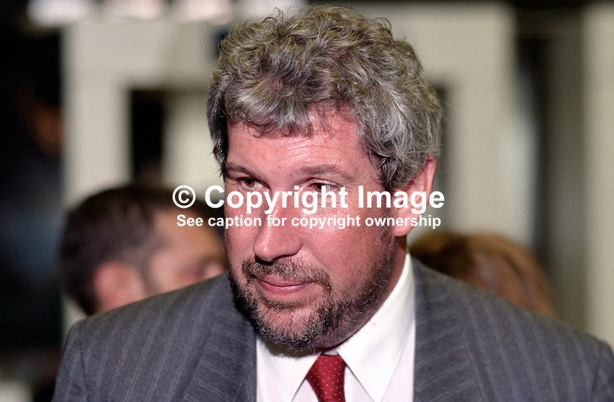 Eliot Morley, MP, UK, Labour Party, 199509059..Copyright Image from Victor Patterson, 54 Dorchester Park, Belfast, UK, BT9 6RJ..Tel: +44 28 9066 1296.Mob: +44 7802 353836.Voicemail +44 20 8816 7153.Skype: victorpattersonbelfast.Email: victorpatterson@me.com.Email: victorpatterson@ireland.com (back-up)..IMPORTANT: If you wish to use this image or any other of my images please go to www.victorpatterson.com and click on the Terms & Conditions. Then contact me by email or phone with the reference number(s) of the image(s) concerned.