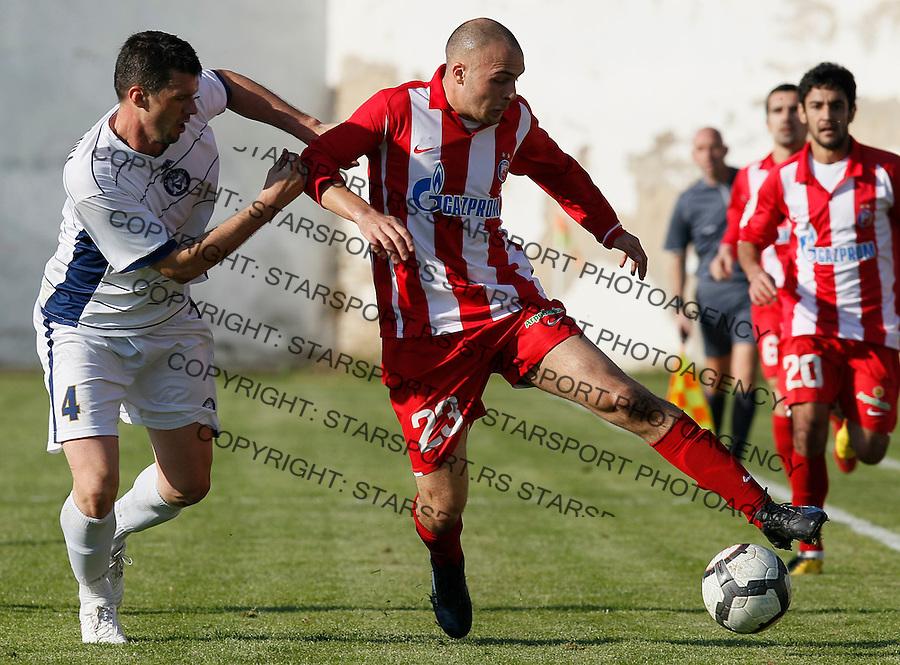 Fudbal, Jelen super liga, sezona 2010/11.Hajduk (Kula) Vs. Crvena Zvezda.Slavko Perovic, right and Sinisa Radanovic.Belgrade, 31.10.2010..foto: Srdjan Stevanovic/Starsportphoto ©
