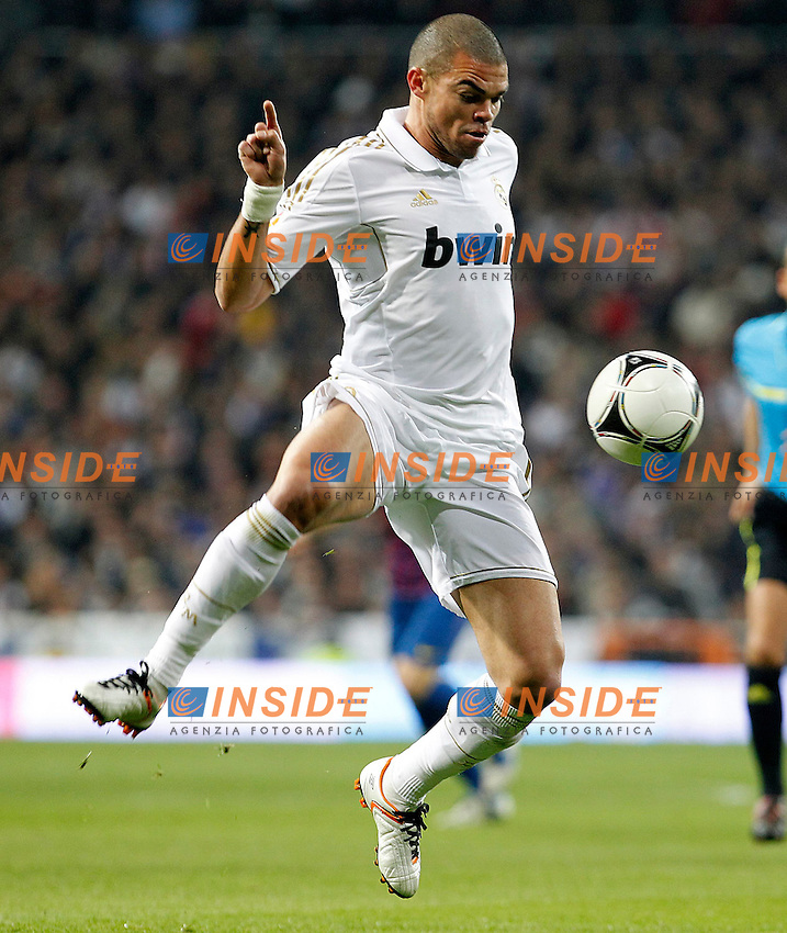 Real Madrid's Pepe during Spanish King's Cup match.January 18,2011. (Insidefoto / Acero / Alterphotos) .Real Madrid Vs Barcellona.ITALY ONLY