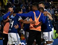 BOGOTÁ - COLOMBIA, 22-07-2018: Los jugadores de Millonarios, celebran el gol anotado Boyaca Chico F. C., durante partido de la fecha 1 entre Millonarios y Boyacá Chicó F. C., por la Liga Aguila II-2018, jugado en el estadio Nemesio Camacho El Campin de la ciudad de Bogota. / The players of Millonarios celebrate the scored goal to Boyaca Chico F. C., during a match of the 1st date between Millonarios and Boyaca Chico F. C., for the Liga Aguila II-2018 played at the Nemesio Camacho El Campin Stadium in Bogota city, Photo: VizzorImage / Luis Ramirez / Staff.