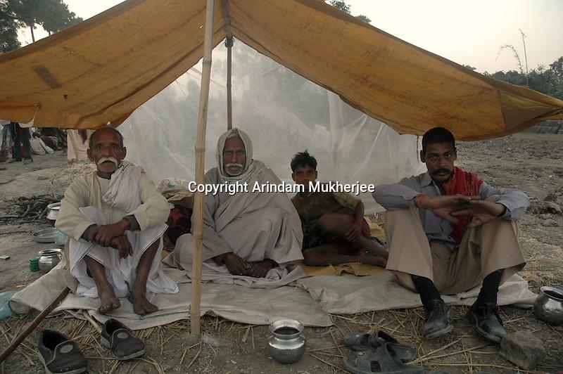Animal owners rest at a makeshift tent in Sonepur fair ground. Bihar, India, Arindam Mukherjee