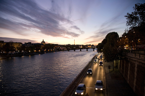 View of the Seine at sunset from Pont Neuf.