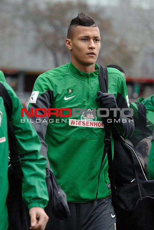 17.12.2013, Trainingsgelaende, Bremen, GER, 1.FBL, Training Werder Bremen, im Bild Davie Selke (Bremen #26)<br /> <br /> Foto &copy; nordphoto / Frisch