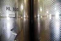 Galatina - Cantine Aperte 2010 - Azienda Agricola Valle dell'Asso - Silos per la conservazione del vino.