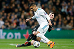 Real Madrid's Carlos Henrique Casemiro (l) and Paris Saint-Germain's Marcos Verratti during Champions League Round of 16 1st leg match. February 14,2018. (ALTERPHOTOS/Acero)