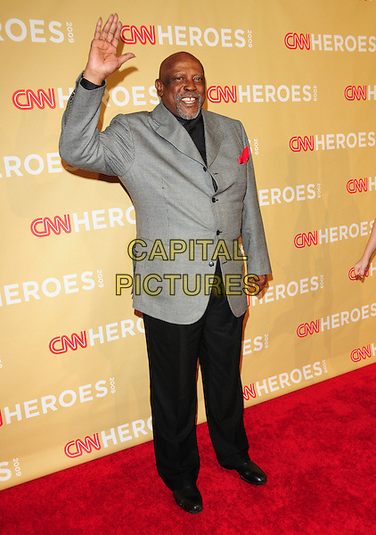 LOUIS GOSSETT JR. .at The 3rd Annual CNN Heroes: An All-Star Tribute held at The Kodak Theatre in Hollywood, California, USA,  November 21st 2009                                                                   .full length grey gray jacket suit trousers black hand waving .CAP/RKE/DVS.©DVS/RockinExposures/Capital Pictures