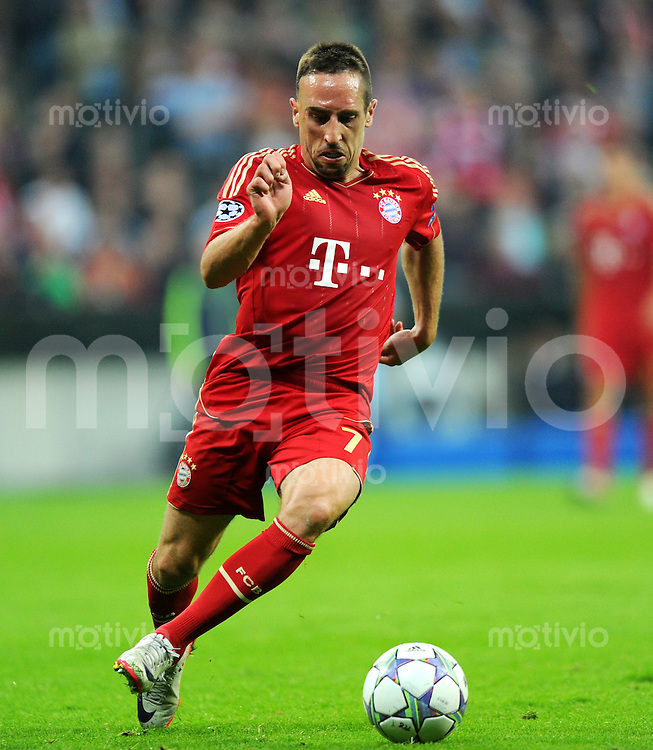 27. September 2011: Muenchen, Allianz Arena: Fussball UEFA Champions League: FC Bayern Muenchen - Manchester City: Muenchens Franck Ribery am Ball.