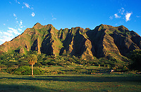 The haloa ridge on the edge of Kaneohe bay at sunrise, near Kualoa ranch