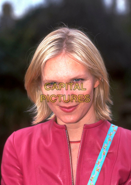 JO WHILEY.Photocall to launch BBC Talent, Wood Lane,.London, England, 9th March 2000..portrait headshot pink top dj radio 1.CAP/HT.©Hugh Thompson/Capital Pictures
