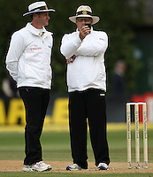 Umpires Simon Taufel and Daryl Harper check the light reading before stooping play for the day during day four of the 3rd test between the New Zealand Black Caps and India at Allied Prime Basin Reserve, Wellington, New Zealand on Monday, 6 April 2009. Photo: Dave Lintott / lintottphoto.co.nz.