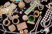 INDIAN JEWELRY - DIAMONDS AND PRECIOUS STONES