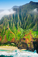 Kalalau Beach, the end of the 11 mile hiking trail, Na Pali coast, Kauai, Hawaii, Pacific Ocean