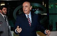 SAO PAULO, SP, 02 AGOSTO 2012 - ELEICOES 2012 - DEBATE BAND - PREFEITURA DE SP - O candidato a prefeitura de Sao Paulo pelo PSDB Jose Serra durante debate da Tv Bandeirantes de Sao Paulo, nesta quinta-feira, na regiao sul da capital paulista. (FOTO: VANESSA CARVALHO / BRAZIL PHOTO PRESS).