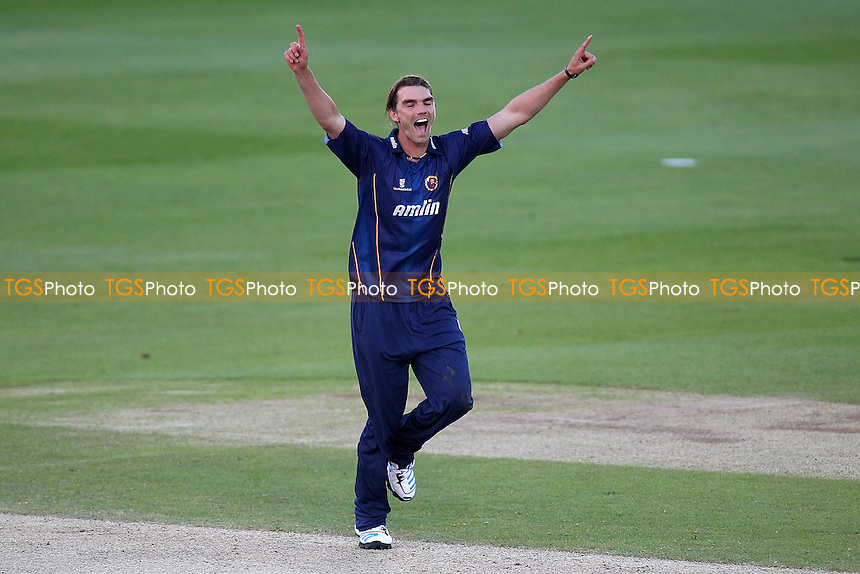 Oliver Newby of Essex with a strong appeal for a wicket - Essex Eagles vs Shepherd Neame Essex League XI - Twenty 20 Cricket at the Essex County Ground, Chelmsford - 15/05/14 - MANDATORY CREDIT: Gavin Ellis/TGSPHOTO - Self billing applies where appropriate - 0845 094 6026 - contact@tgsphoto.co.uk - NO UNPAID USE