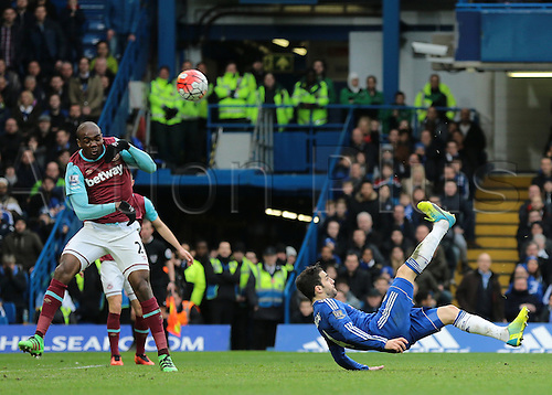 19.03.2016. Stamford Bridge, London, England. Barclays Premier League. Chelsea versus West Ham. Chelsea Midfielder Cesc Fàbregas's over head kick goes over the bar