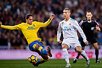 Mauricio Lemos of UD Las Palmas (L) fights for the ball with Cristiano Ronaldo of Real Madrid (R) during the La Liga 2017-18 match between Real Madrid and UD Las Palmas at Estadio Santiago Bernabeu on November 05 2017 in Madrid, Spain. Photo by Diego Gonzalez / Power Sport Images