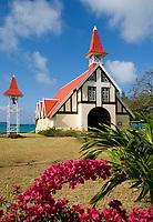 MUS, Mauritius, Cap Malheureux: Kapelle Notre-Dame Auxiliatrice | MUS, Mauritius, Cap Malheureux: Chapel Notre-Dame Auxiliatrice