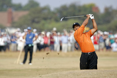 20 July 2006: American golfer Tiger Woods (USA) watches his approach shot to the 5th Green during the first round of The Open Championship 2006, Royal Liverpool Golf Club, Hoylake, England. Photo: Glyn Kirk/Actionplus....060720 man men male .