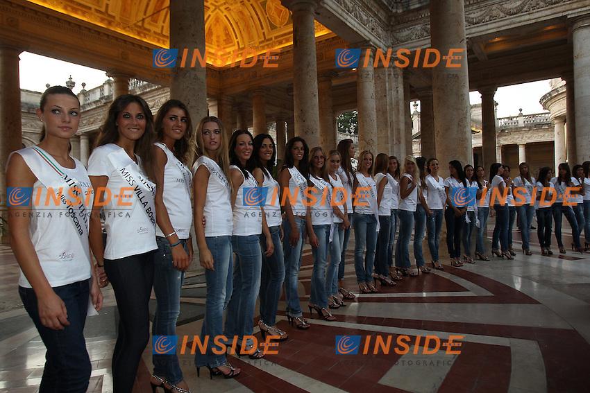 Montecatini Terme 25/8/2011.Le ragazze finaliste di Miss Italia 2011 allo stabilimento termale Tettuccio.Foto Insidefoto Paolo Nucci