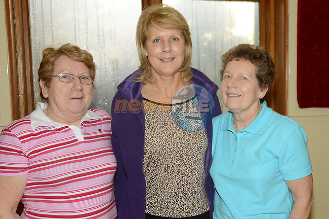 Breda Ryan, Margaret Redmond and Noeleen Ryan at the set dancing at An Grianan. www.newsfile.ie