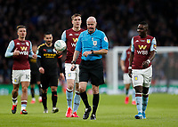 1st March 2020; Wembley Stadium, London, England; Carabao Cup Final, League Cup, Aston Villa versus Manchester City; Referee Lee Mason being confronted by Jack Grealish, Bjorn Engels and Marvelous Nakamba of Aston Villa - Strictly Editorial Use Only. No use with unauthorized audio, video, data, fixture lists, club/league logos or 'live' services. Online in-match use limited to 120 images, no video emulation. No use in betting, games or single club/league/player publications
