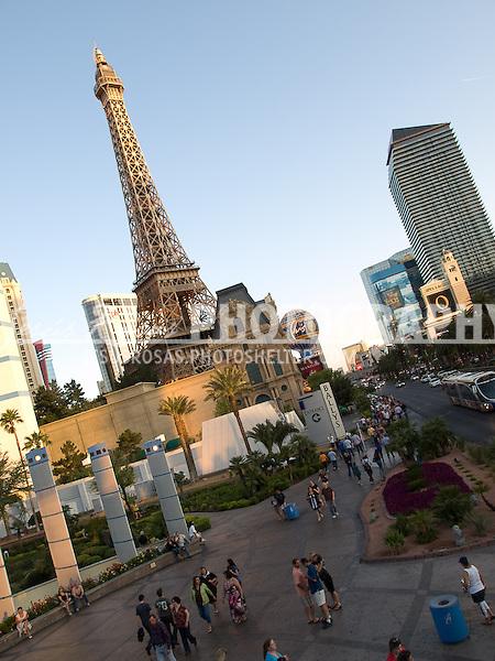 Las Vegas, Eiffel Tower.