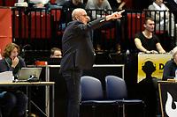 GRONINGEN - Basketbal, Donar - ZZ Leiden, Martiniplaza,  Dutch Basketball League, seizoen 2017-2018, 09-12-2017,  Leiden coach  Paul Vervaeck wijst zijn mannen de weg