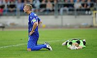 FUSSBALL   DFB POKAL   SAISON 2011/2012  1. Hauptrunde VfB Oldenburg - Hamburger SV                             30.07.2011 Entteuschte Oldenburger: Robert LITTMANN und Torwart Christian MEYER (v.l.,)