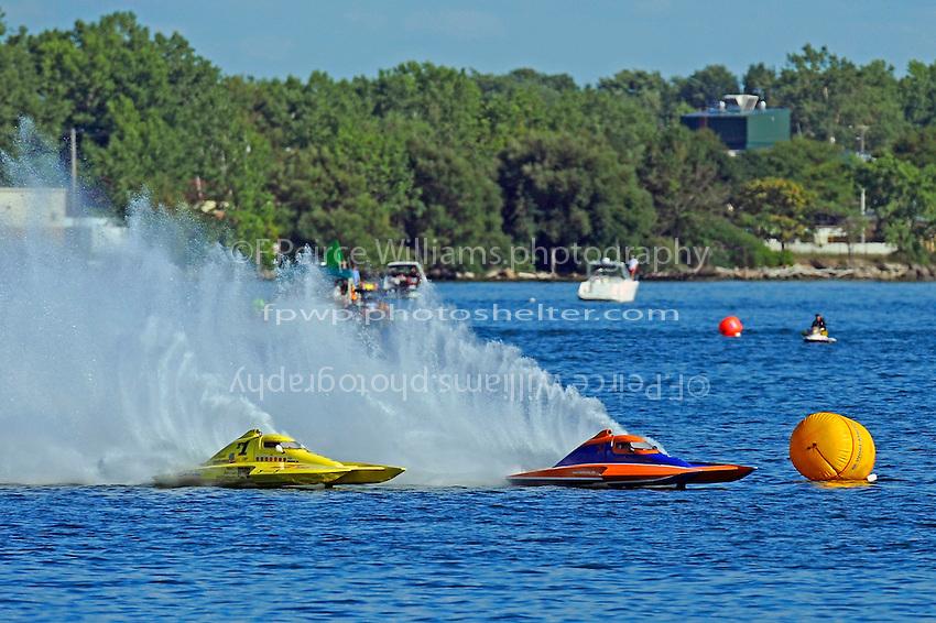 "Dan Kanfoush, Y-1 ""Fast Eddie Too"" and Mike Monohan, Y-52    (1 Litre MOD hydroplane(s)"