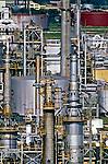 Refinaria de petróleo da Petrobrás em Duque de Caxias. Rio de Janeiro. 1998. Foto de Ricardo Azoury.