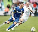 Getafe's Alvaro Vazquez (r) and Real Madrid's Pepe during La Liga match. April 16,2016. (ALTERPHOTOS/Acero)