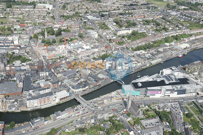 Aerial photo of Drogheda showing St. Mary's Church looking North across the Boyne, with Scotch Hall, North Quay and up to the Lourdes Church in view. 02/09/05...Photo NEWSFILE/Fran Caffrey.(Photo credit should read Fran Caffrey/NEWSFILE)....This Picture has been sent you under the condtions enclosed by:.Newsfile Ltd..The Studio,.Millmount Abbey,.Drogheda,.Co Meath..Ireland..Tel: +353(0)41-9871240.Fax: +353(0)41-9871260.GSM: +353(0)86-2500958.email: pictures@newsfile.ie.www.newsfile.ie.FTP: 193.120.102.198...This picture is from Fran Caffrey@newsfile.ie