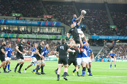 24.09.2015. Olympic Stadium, London, England. Rugby World Cup. New Zealand versus Namibia. Namibia win a line out.