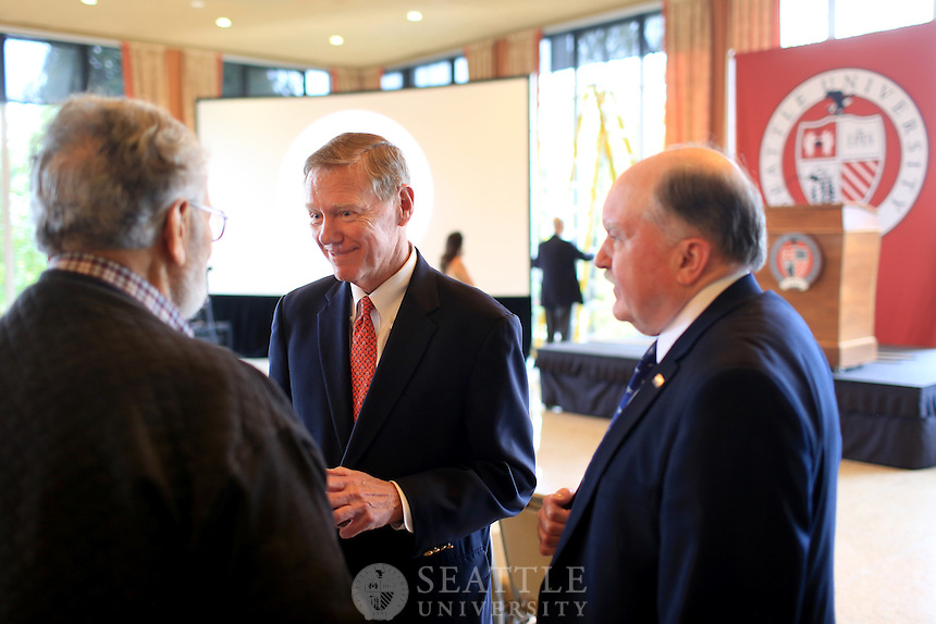 October 30th, 2015-  Alan Mulally, former president and CEO of Ford Motor Company talks during a morning workshop session at Seattle University put on by the Albers Center for Leadership Formation.