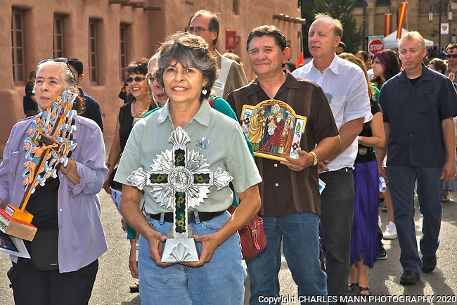 The Santa Fe Spanish Market, held in July, fills the Santa Fe Plaza with artists parton and visitors all celebrating traditional Spanish colonial arts. It is held side by side with the Contemporary Spanish Market which features modern Hispanic artists. After a mass, the Sunday Procession leads a long line of atrists around the plaza.
