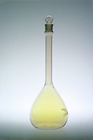 HALOGENS<br />