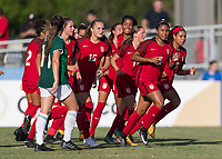 Bradenton, FL - Sunday, June 12, 2018: USA, goal celebration during a U-17 Women's Championship Finals match between USA and Mexico at IMG Academy.  USA defeated Mexico 3-2 to win the championship.