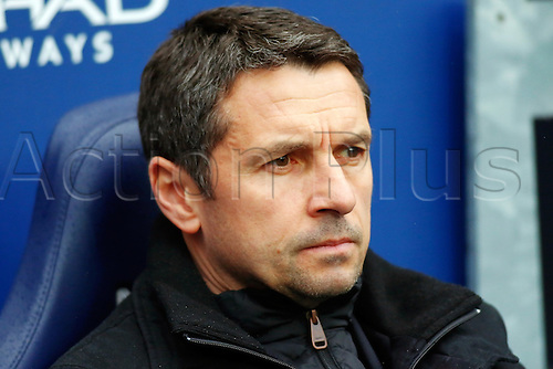 05.03.2016. The Etihad, Manchester, England. Barclays Premier League. Manchester City versus Aston Villa. Aston Villa Manager Remi Garde looks on dejected
