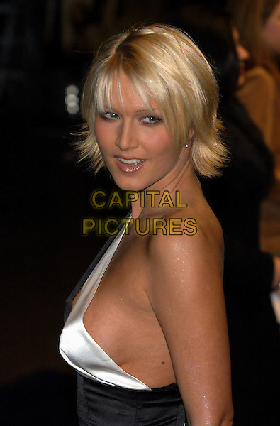 "EMMA NOBLE MAJOR.""Lord of the Rings-The Twin Towers"".premiere. Odeon Leicester Square.www.capitalpictures.com.sales@capitalpictures.com.© Capital Pictures.braless"
