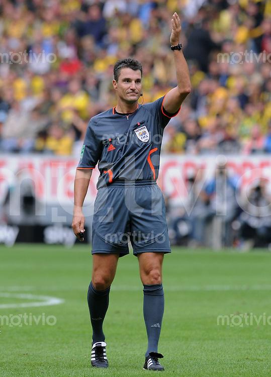 FUSSBALL  1. BUNDESLIGA   SAISON 2009/2010   5. SPIELTAG    12.09.2009 BVB Borussia Dortmund - FC Bayern Muenchen       Schiedsrichter Knut Kircher