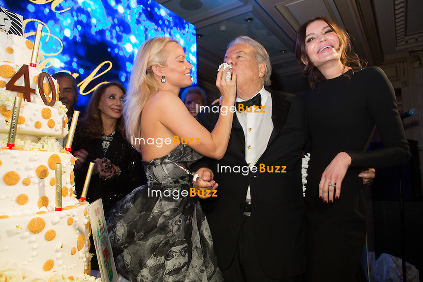 Pamela Anderson &amp; Massimo Gargia &amp; Lola Karimova-Tillyyaeva : &quot; The Best &quot; 40th Edition &agrave; l'h&ocirc;tel George V.<br /> France, Paris, 27 janvier 2017.<br /> ' The Best ' 40th Edition at the George V hotel in Pais.<br /> France, Paris, 27 January 2017