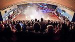 ****BETALBILD**** <br /> Uppsala 2015-04-24 Basket SM-Final 3 Uppsala Basket - S&ouml;dert&auml;lje Kings :  <br /> Vy &ouml;ver Fyrishov under intro med publik p&aring; l&auml;ktarna inf&ouml;r matchen mellan Uppsala Basket och S&ouml;dert&auml;lje Kings <br /> (Foto: Kenta J&ouml;nsson) Nyckelord:  Basket Basketligan SM SM-final Final Fyrishov Uppsala S&ouml;dert&auml;lje Kings SBBK supporter fans publik supporters inomhus interi&ouml;r interior