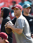 Washington Redskins quarterback Kirk Cousins (8) participates in warm-ups prior to the game against the Philadelphia Eagles at FedEx Field in Landover, Maryland on Sunday, September 10, 2017.<br /> Credit: Ron Sachs / CNP