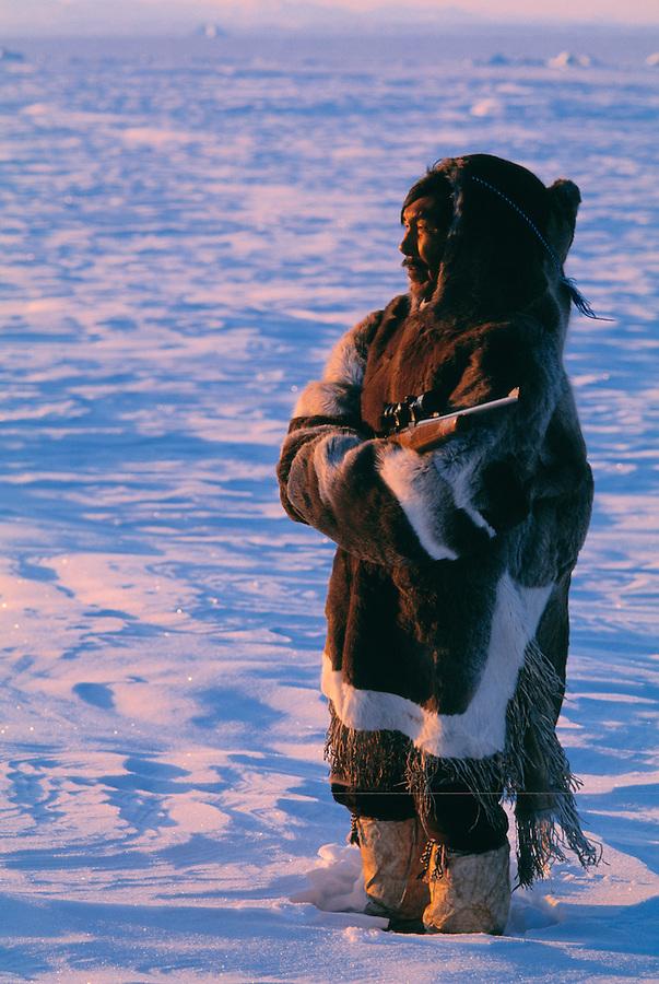 Inuit hunter Thomas Nutararearq in reindeer skin clothes, Baffin Island, Nunavut, Canada, Arctic