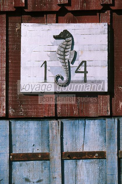 Europe/France/Aquitaine/33/Gironde/Bassin d'Arcachon/Gujan-Mestras: Port Larros (Port Ostréicole) - Détail Hippocampe symbole de la commune de La Teste