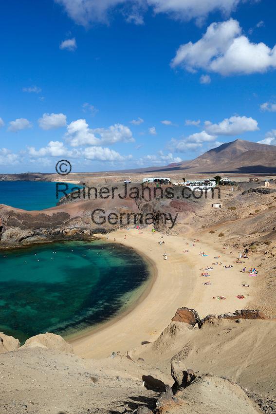 Spain, Canary Island, Lanzarote, bei Playa Blanca: View over Playa del Papagayo | Spanien, Kanarische Inseln, Lanzarote, bei Playa Blanca: am Playa del Papagayo
