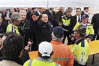 TERREMOTO A L'AQUILA NELLA FOTO SILVIO BERLUSCONI PRESIDENTE DEL CONSIGLIO DEI MINISTRI IN VISITA L'AQUILA 10/04/2009 FOTO MATTEO BIATTA<br /> <br /> L'AQUILA EARTHQUAKE IN THE PICTURE SILVIO BERLUSCONI PRESIDENT OF THE COUNCIL OF MINISTERS VISITING A CAMP L'AQUILA 10/04/2009 PHOTO BY MATTEO BIATTA